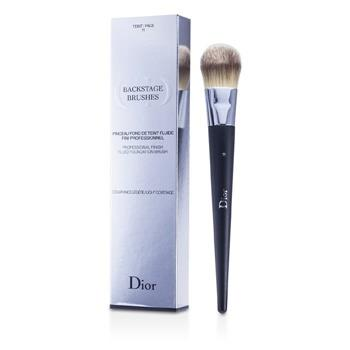 Christian Dior Backstage Brushes Professional Finish Fluid Foundation Brush – Make Up