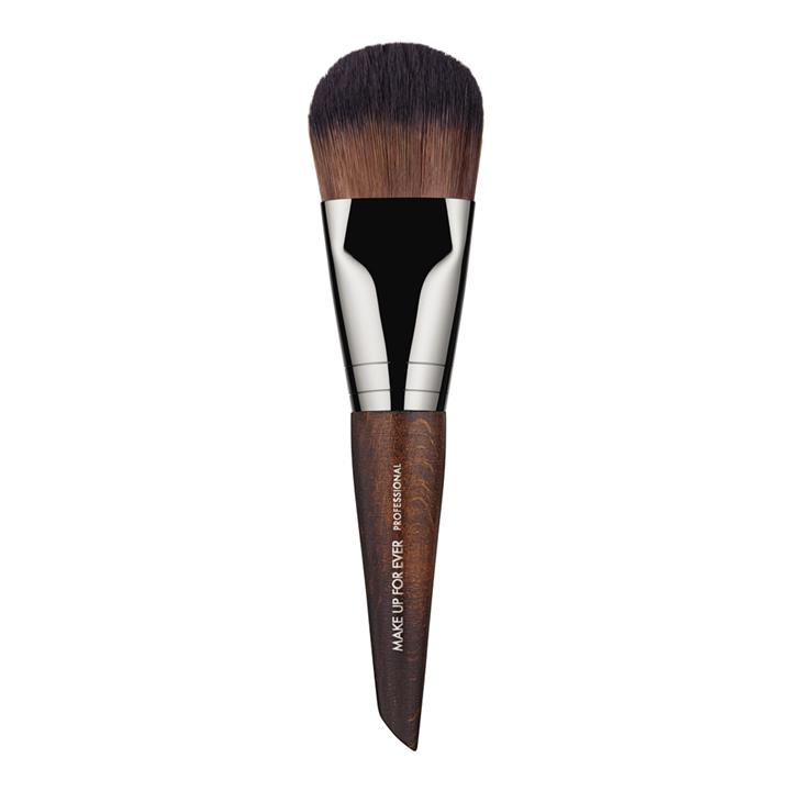 Make Up For Ever Artisan Brush #108
